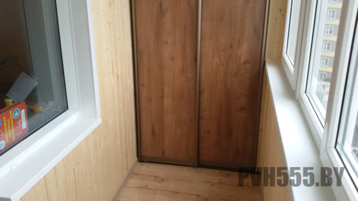 Изготовление раздвижных шкафов на балкон 7