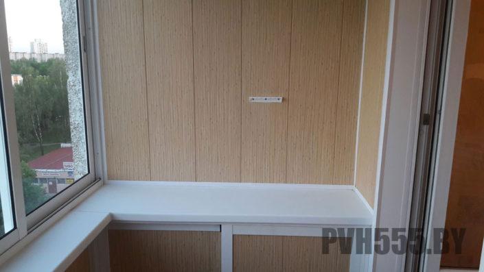 Отделка балкона ПВХ панелями 7
