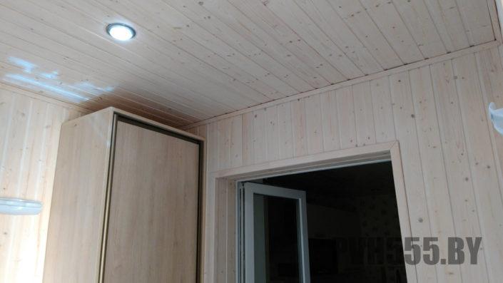 Изготовление распашных шкафов на балкон 11