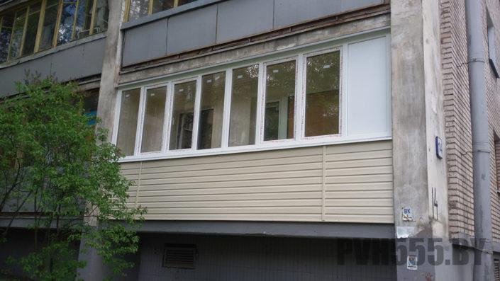 Отделка балкона сайдингом 2