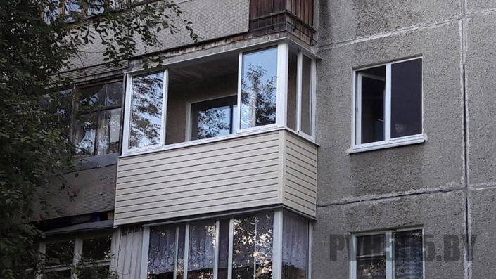 Отделка балкона сайдингом 4