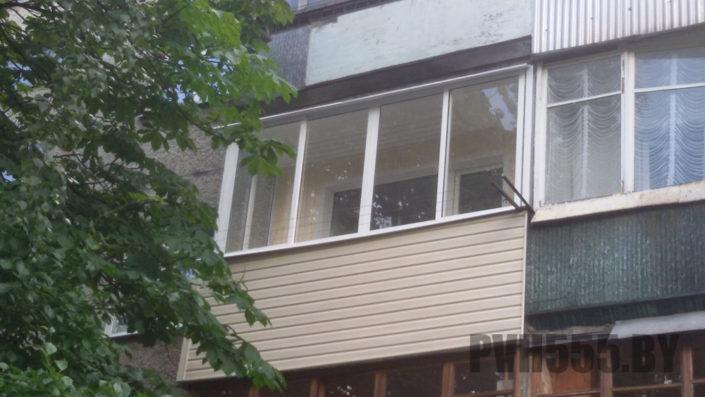 Отделка балкона сайдингом 6